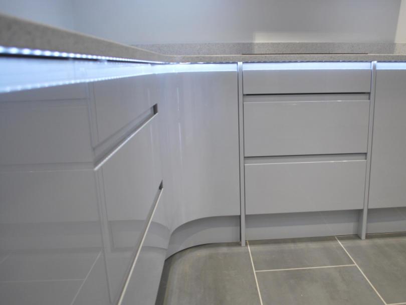 Tủ Bếp Gỗ Đẹp Hiện Đại 2020